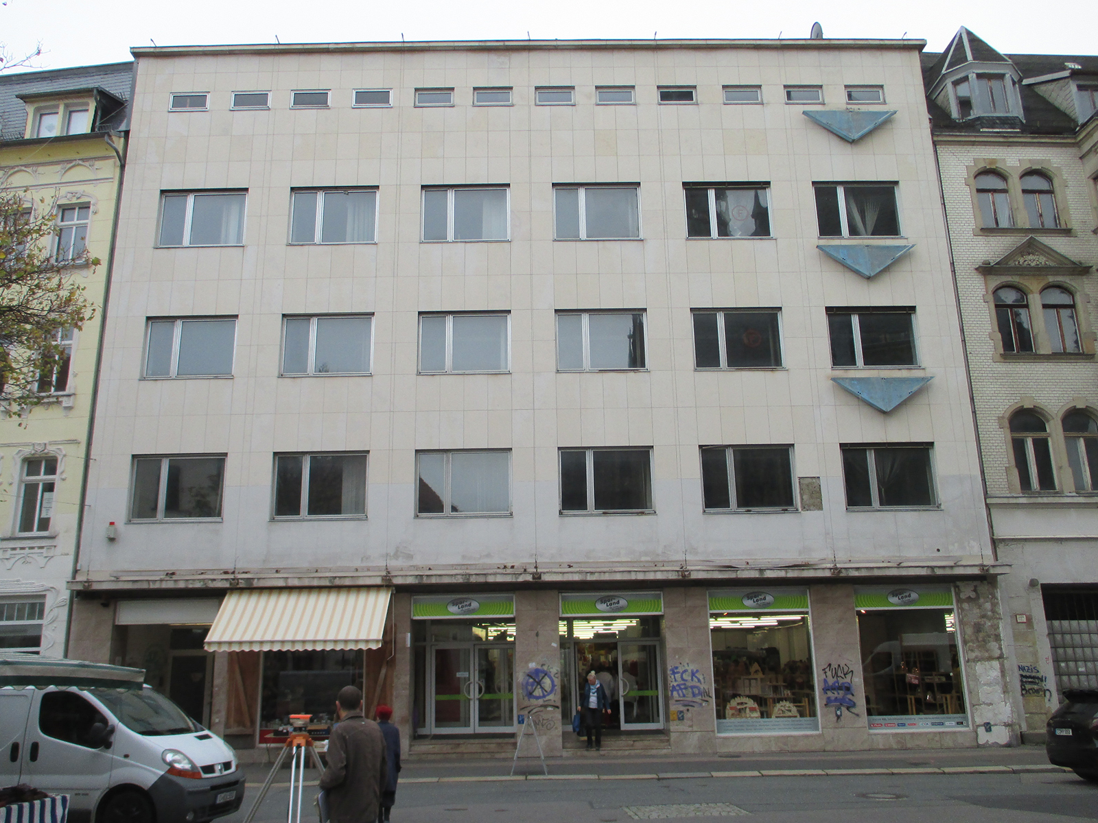 Fassade_Hauptstrasse_Kaufhaus_Schocken-03